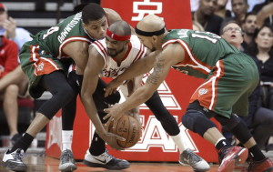The Bucks' defense figures to once again be a strong point for the team. photo: Milwaukee Journal Sentinel