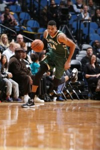 Giannis Antetokounmpo came off the bench to score 23 points and grab 7 rebounds in the preseason finale. photo: bucks.com