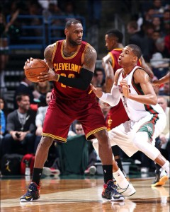 Giannis Antetokounmpo has a tough job in guarding LeBron James, but will look to make his presence known. photo: pinterest