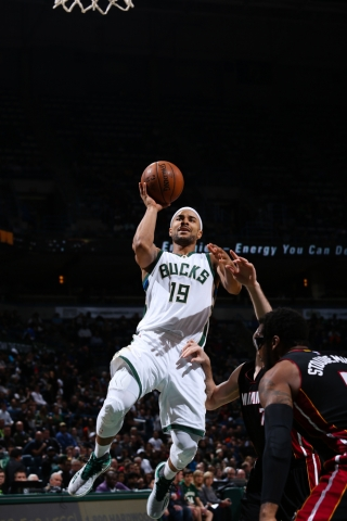 A Jerryd Bayless 3-pointer in the final minutes was key for Milwaukee (Bucks.com).