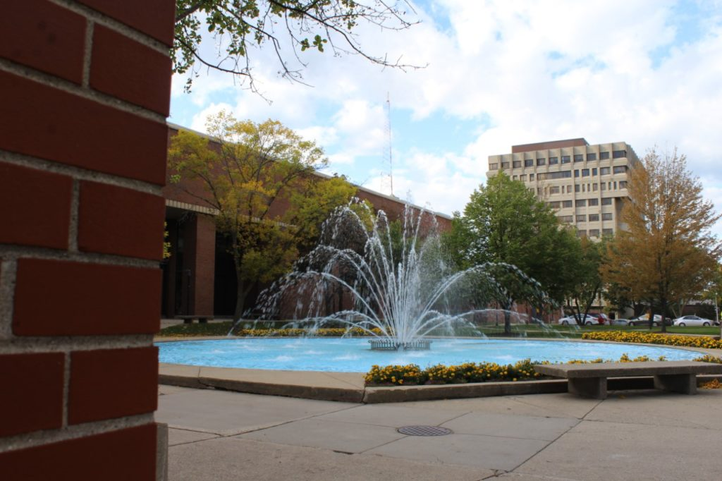 All around campus, fall has come to UW-Milwaukee, including the fountain.