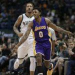 Antetokounmpo's 41 points not enough, Lakers cruise past Bucks 122-114