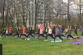 Pink Yoga on the Green comes back to UW-Milwaukee
