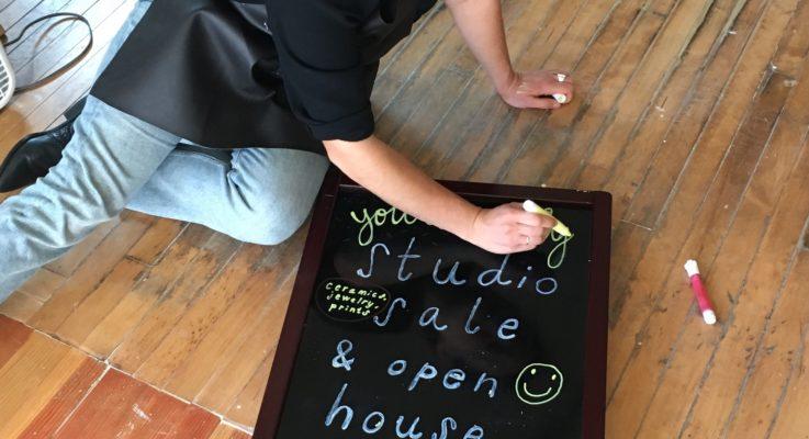 "UWM Graduates Open Community Art Studio ""Yours Truly"""